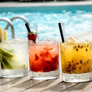 bar-piscina-day-use-hyatt